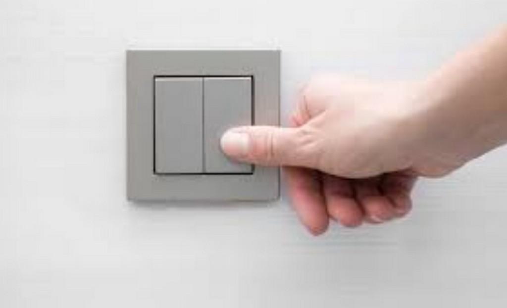 Как работает выключатель света